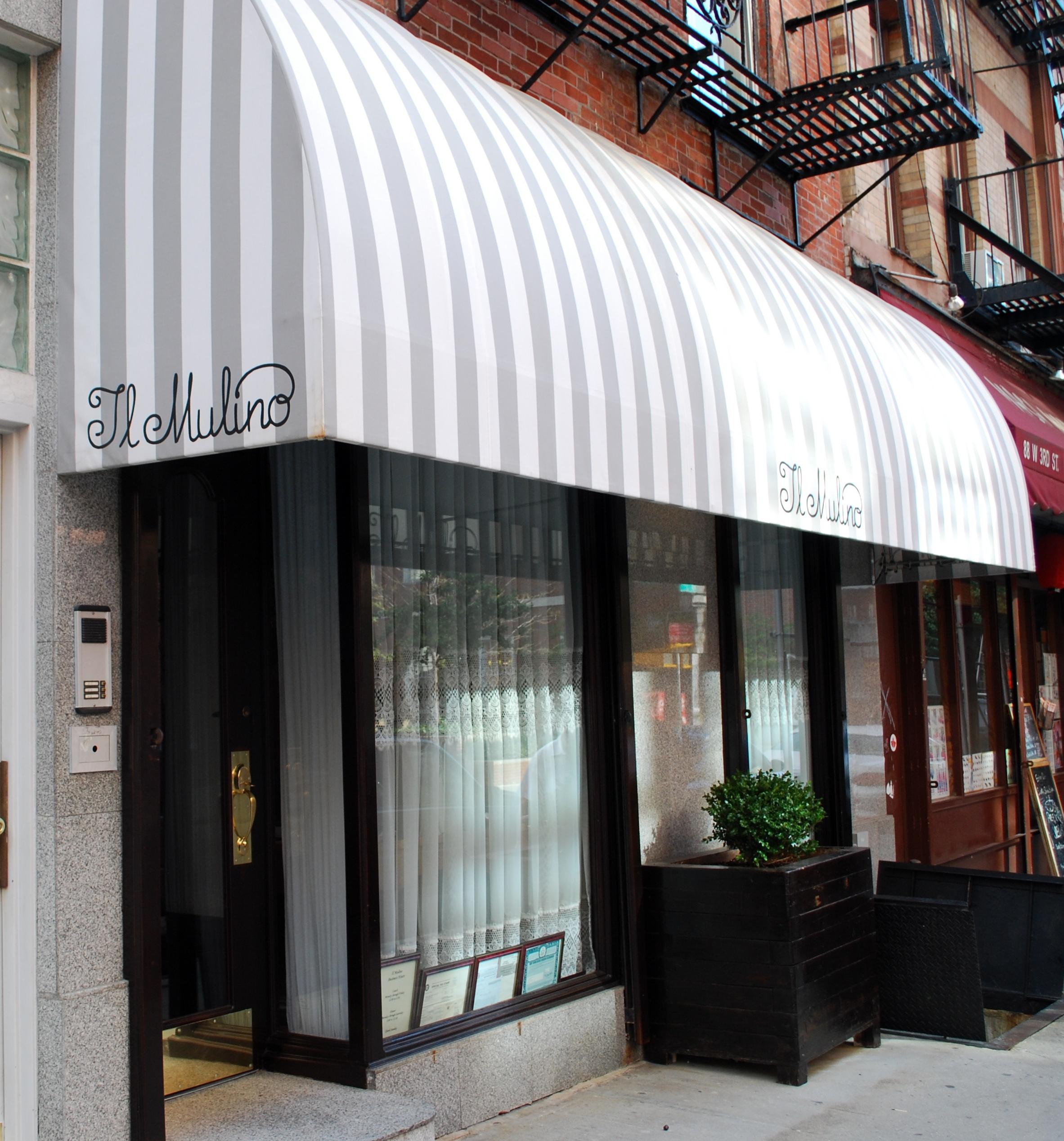 Dining Old School Italian At Il Mulino New York Biancas Suitcase